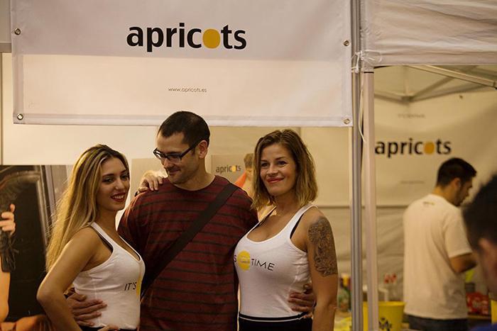 Salón Erótico de Barcelona Apricots, azafatas